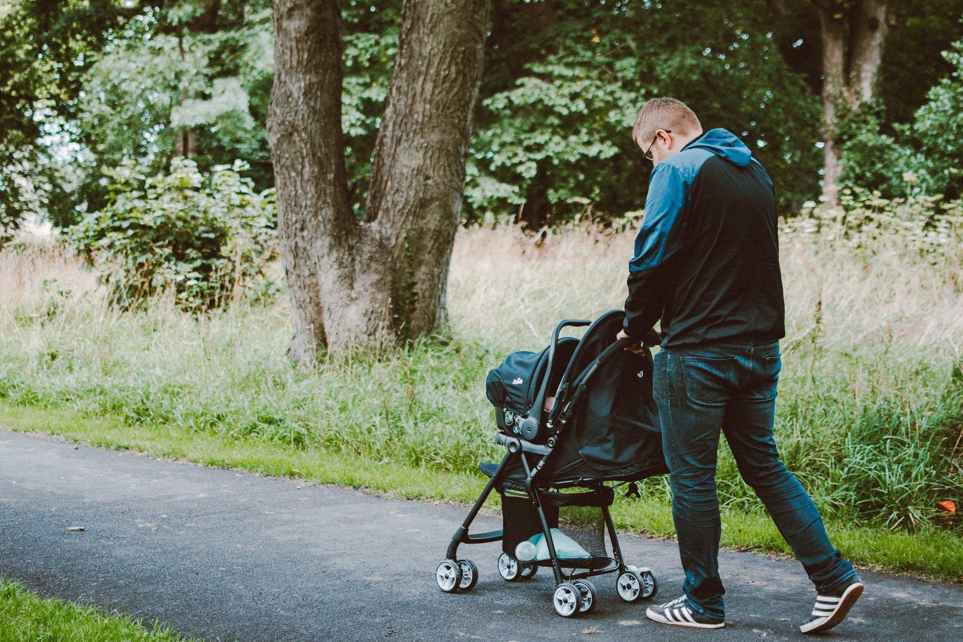 promener bébé chancelière